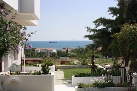 Spacious, Light-filled, Sea View - Seddülbahir - Дом