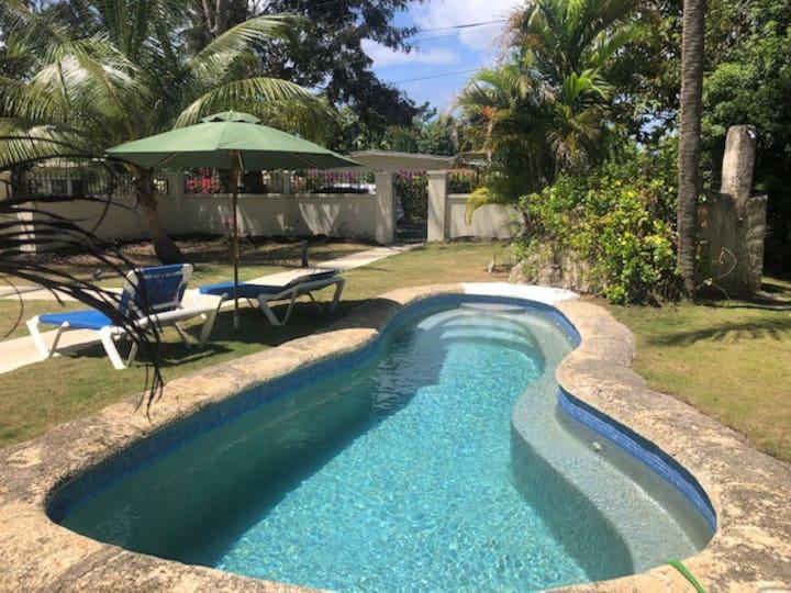 Villa 84 Sunset Crest with pool