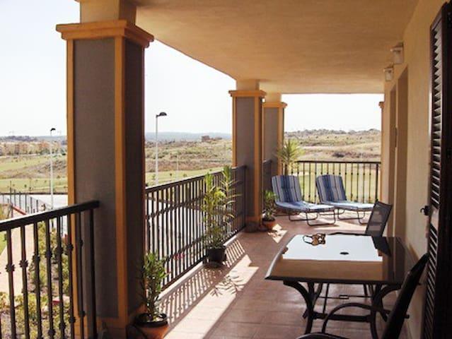 Luxury 2 Bed Apt on Costa Esuri - Costa Esuri, near Ayamonte - Appartement