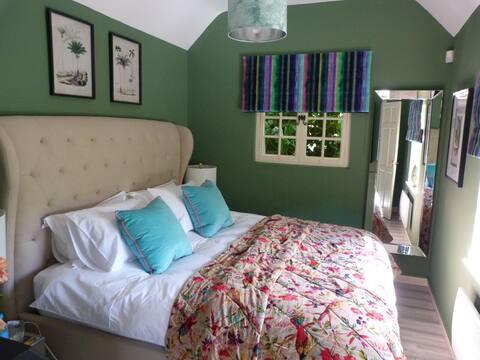 Mill House Snug, Wylye, Warminster, Wiltshire