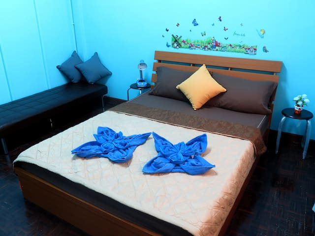 Welcome Home Stay BTS Wongwian yai - Bangkok - Huis