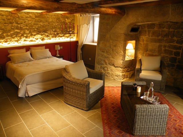 Ch. de charme Bastide en Gévaudan - Venteuges - ที่พักพร้อมอาหารเช้า