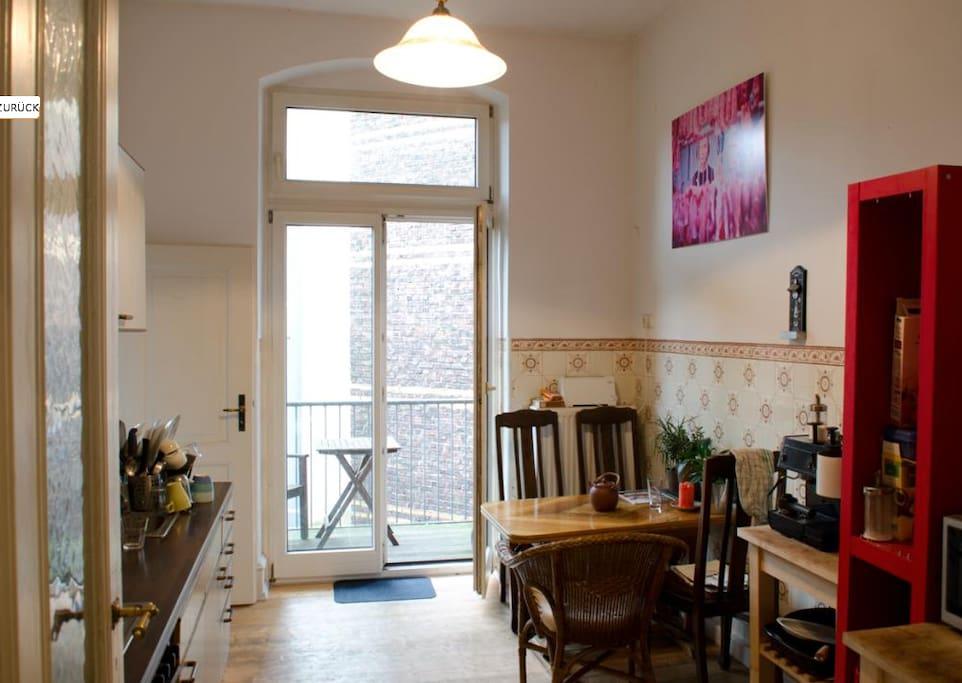 altbauzimmer im belgischen viertel wohnungen zur miete. Black Bedroom Furniture Sets. Home Design Ideas