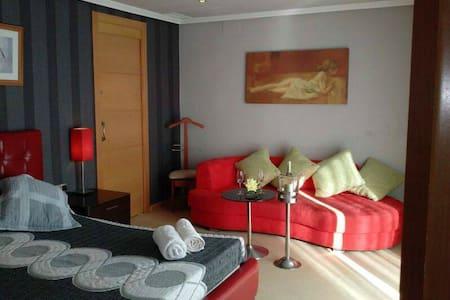 private room en Cambrils con aseo. - Cambrils - Apartment