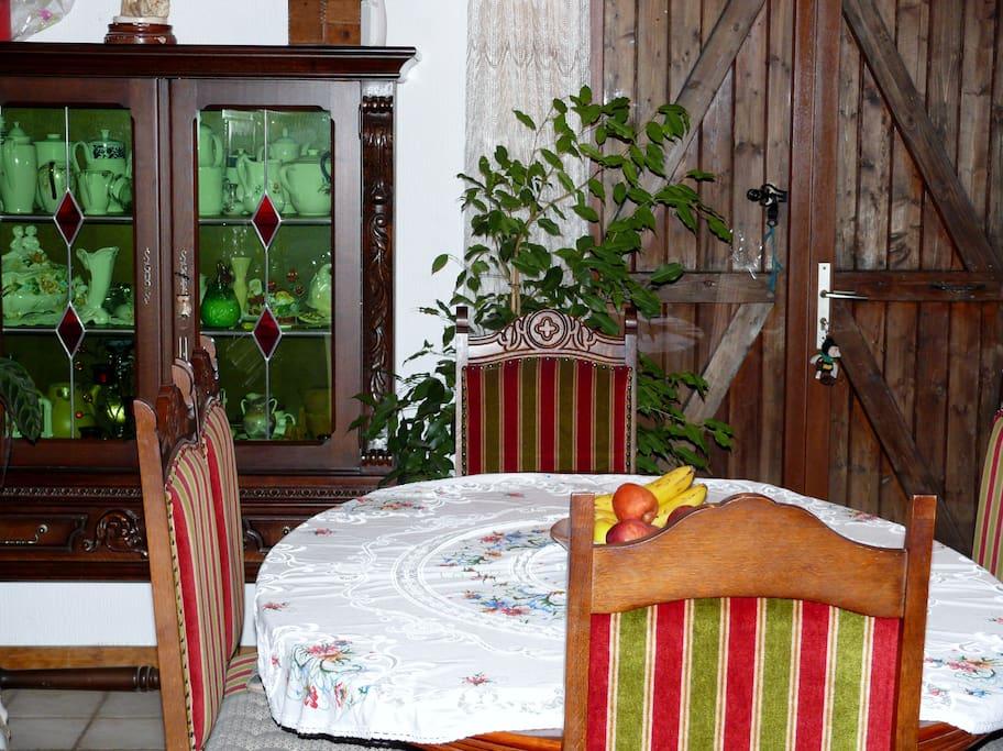 Salle petits déjeuners possible en terrasse....