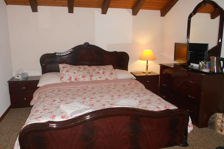 B&B Harry's Haven - Port-Valais - Bed & Breakfast