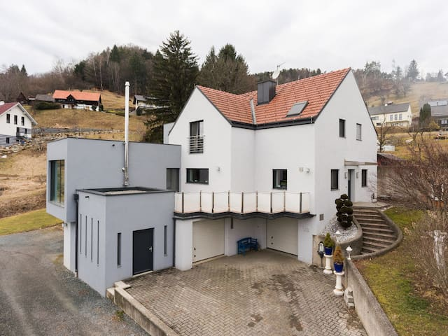 Haus am Pool 14 - Hollenegg in der Weststeiermark - Hollenegg - Huis
