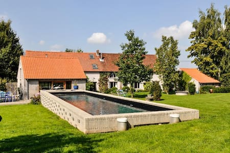 Fermette avec piscine - ENGHIEN - House