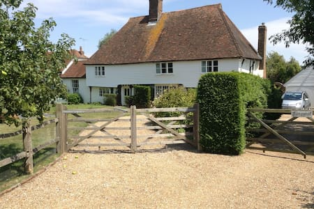 Kingpost Bed & Breakfast - Rolvenden - Bed & Breakfast