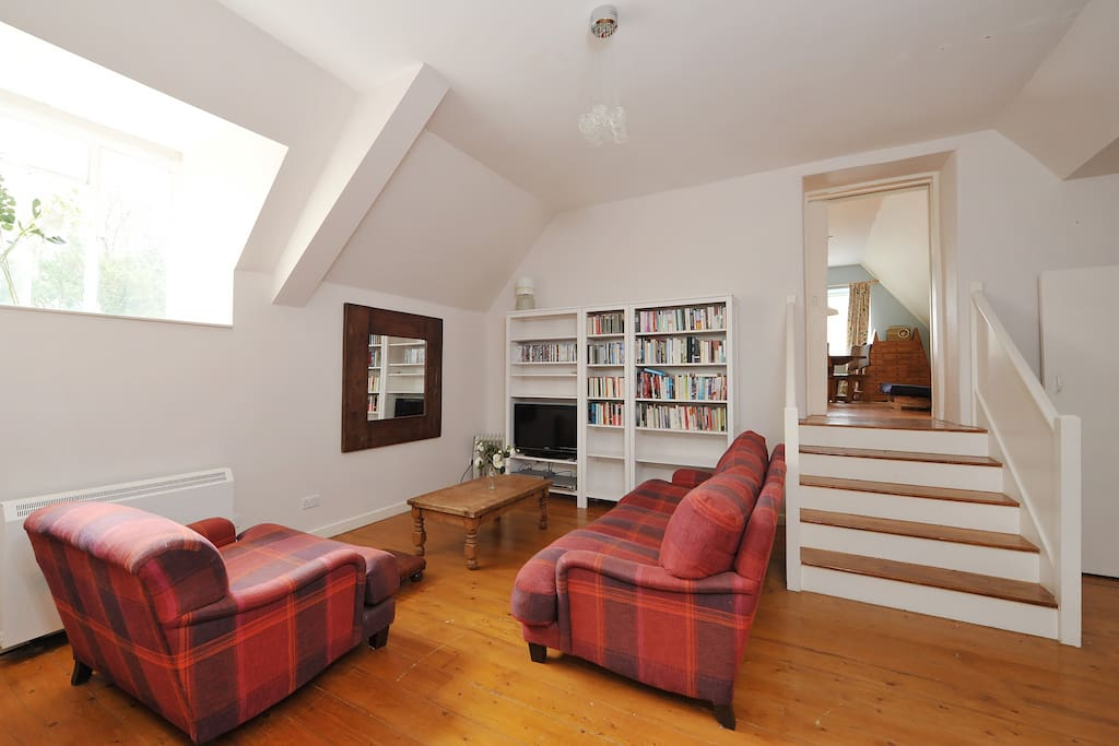 The old coach house at wick court apartments for rent in for Classic house bristol