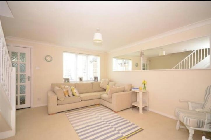 Sunny, Sociable Horsham home - Horsham - Haus