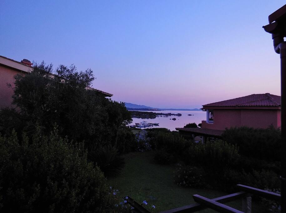 inizio del tramonto dalla mia finestra