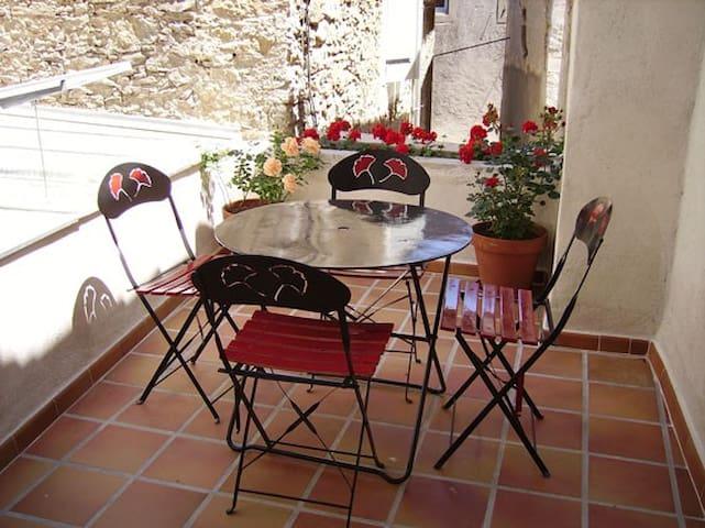 """""""Chez Marguerite"""" - La Digne-d'Amont - Apartment"""