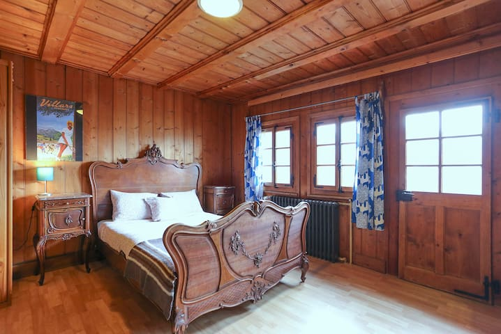 Chalet Martin Rustic Room with private bathroom