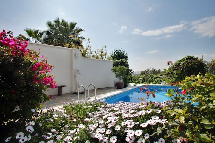 Marbella Golf Valley Apartment - Marbella - Apartment