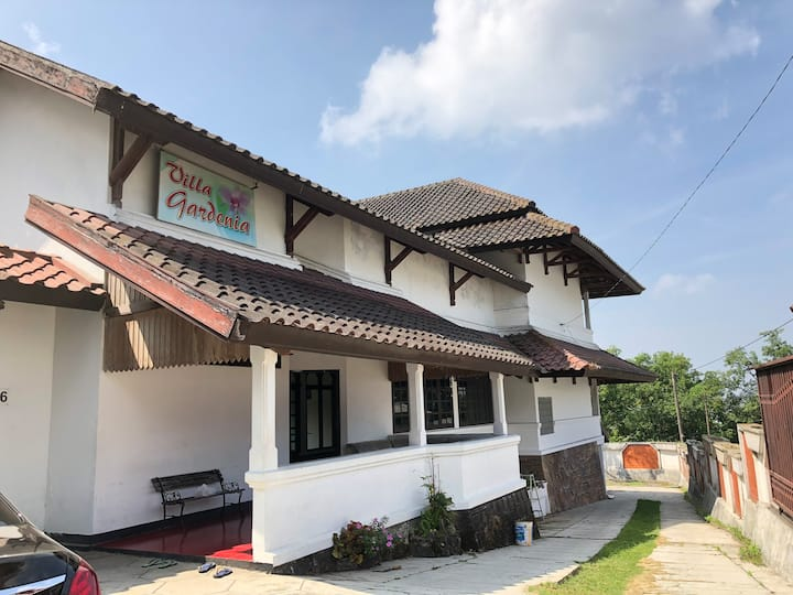 Gardenia Villa in Bandungan