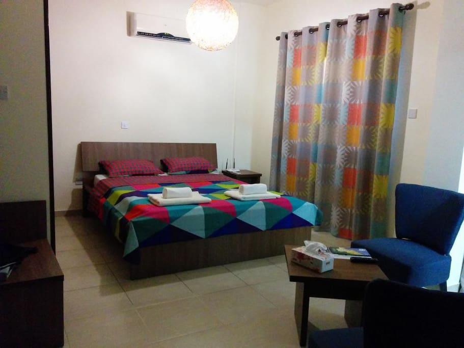 Queen size bed (standart studio no balcony)