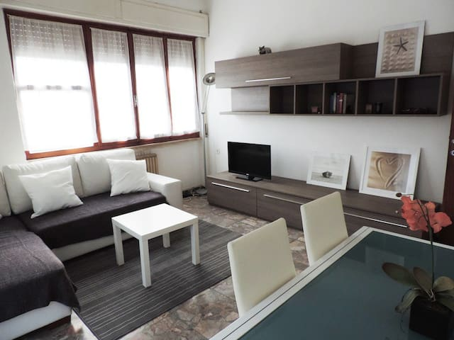 Appartamento a Marina di Massa - Massa - Apartment