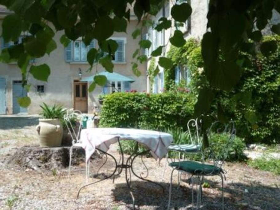 Chambre d 39 h te de charme en is re bed and breakfasts for - Chambre d hote de charme rhone alpes ...
