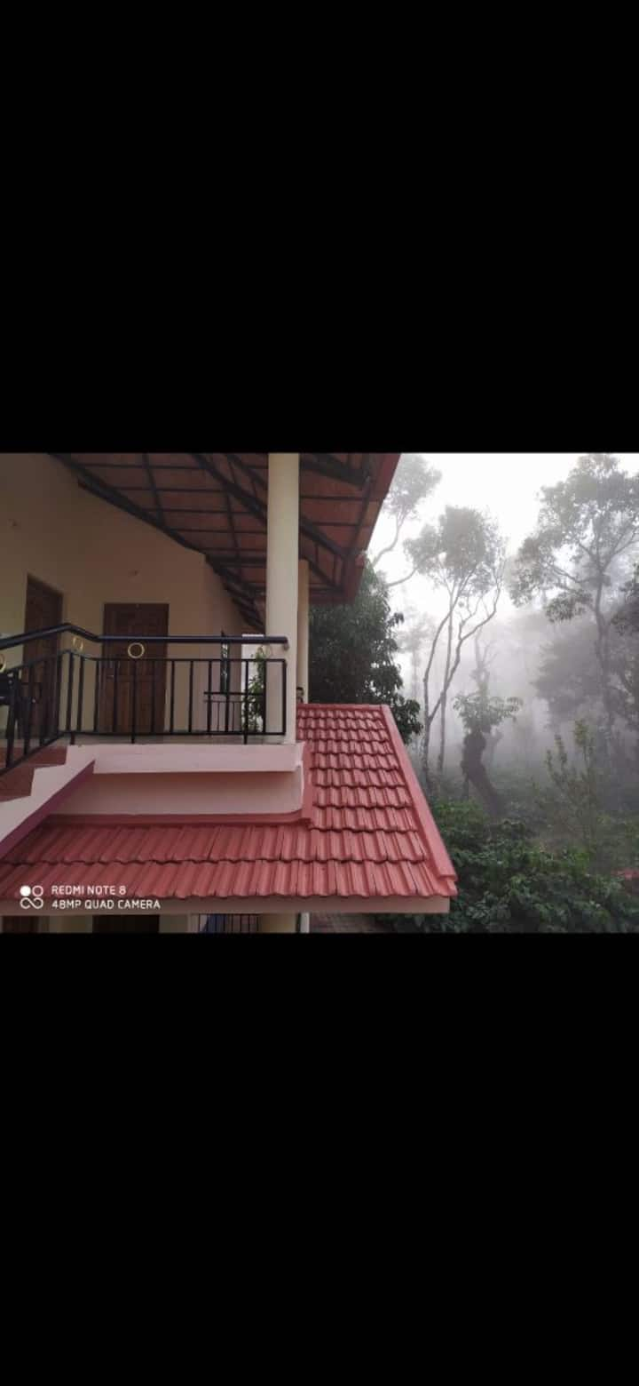 Homestay in 150 acres of coffee plantation
