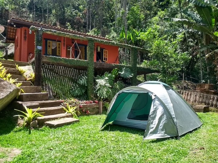 Camping  Vale dos Frades : 400m cachoeira