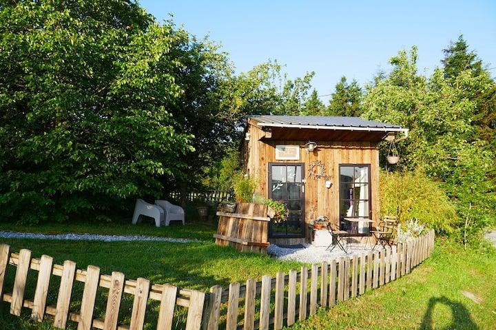 cabane écologique et durable, nature à la ferme