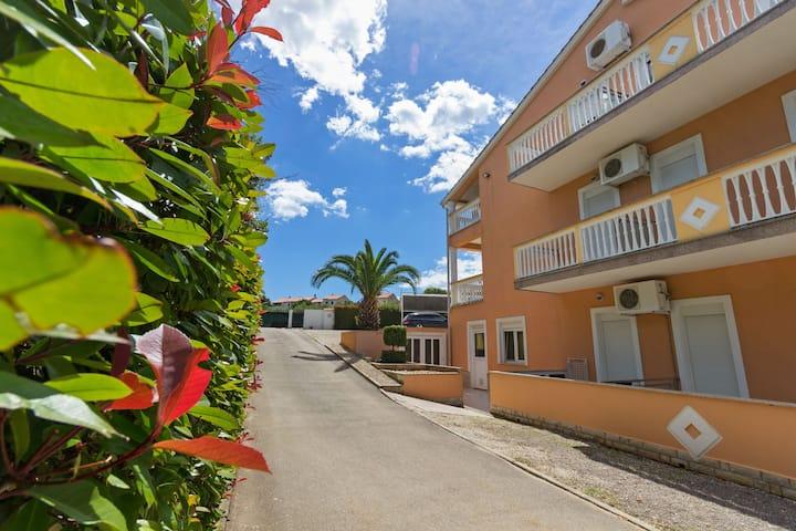 Beautiful Apartment in Banjole near Beach and Pula City