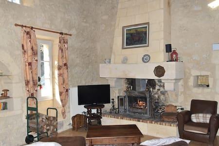 Maison de charme proche Saint Emilion - Grézillac - Hus