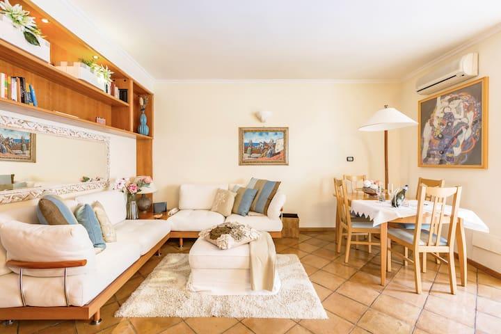 Appartamento con Terrazza vicino Campo de' Fiori
