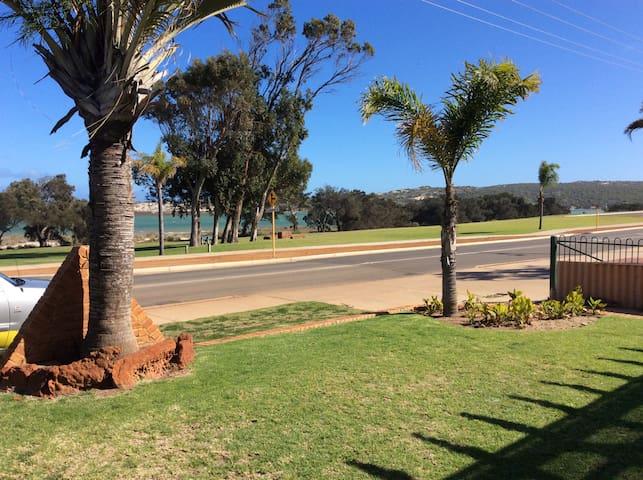 Seacrest, Kalbarri, WA, Australia - Kalbarri