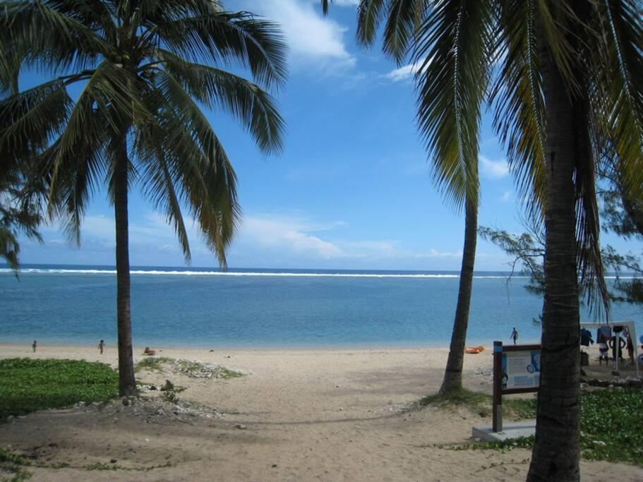 Accès plage Trou d'eau
