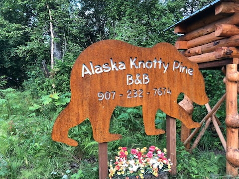 Alaska Knotty Pine B&B Bear's Den Room