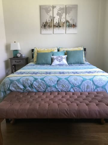 Private 1 BR by Sunset Strip & Hollywood Blvd