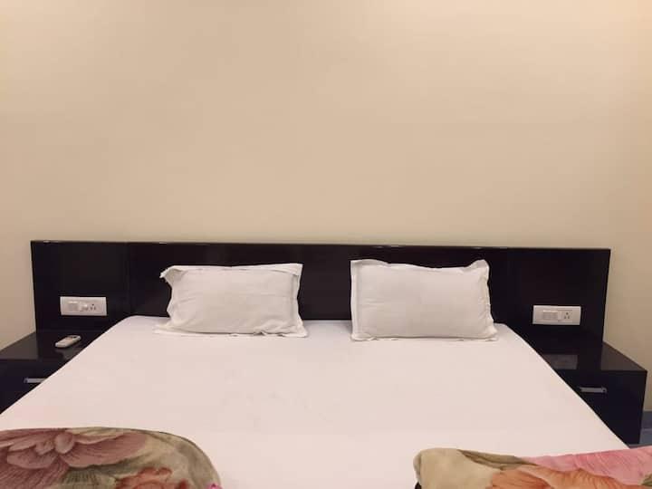 Vedic Villa, Suite 4