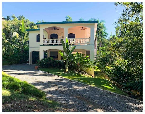 * Tropical & Tranquil Garden Guest House