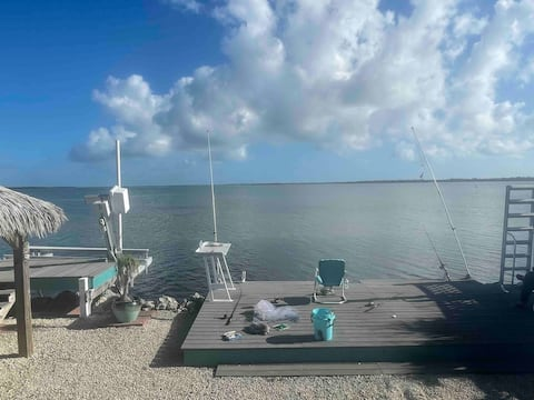 Waterfront Keys home on open water with boat lift!