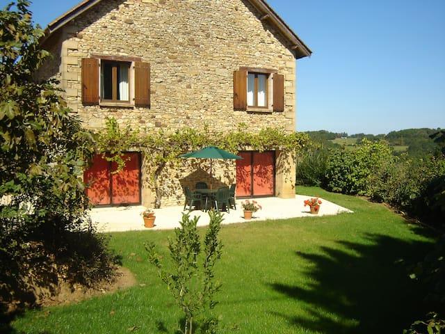 Ancienne Grange en Périgord - Coux-et-Bigaroque - Hus