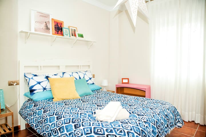 CUTE & COZY - CENTRAL APARTMENT -WiFi - Ronda - Leilighet