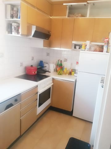 2 Bed Room in Shared flat - Weinstadt