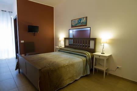 Camera Matrimoniale/Doppia a 2letti - Monreale
