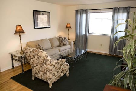 Spacious 3 BR 2 bath apartment-18 - Bridgewater