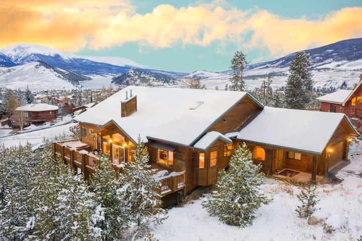 Keystone 7BR Mountain Home (sleeps 20) - 5014 sf