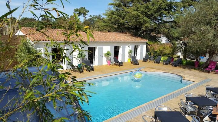 Chambre d'hôte ile de Ré piscine chauffée couverte