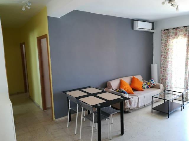 Apartamento Mortadelo: Big and bright