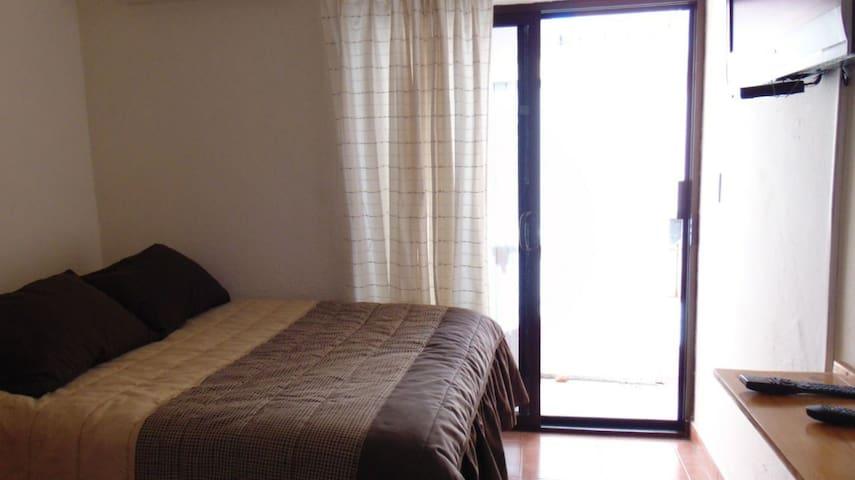 Habitación confortable independiente