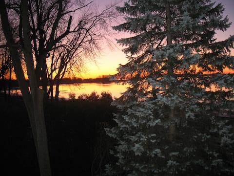 Offrez-vous un loft en nature au bord du fleuve
