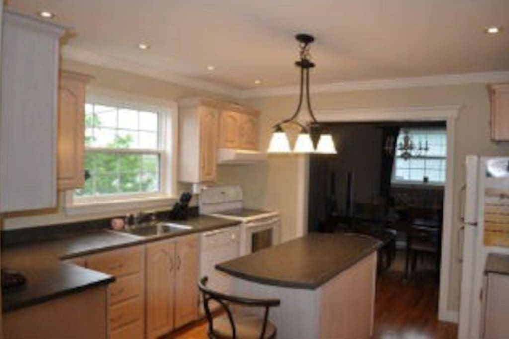 Kitchen with island and all accessories