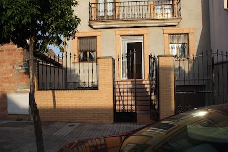 Casa en Marmolejo - Marmolejo