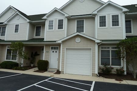 The Tides-Beautiful Condo In Rehoboth Beach