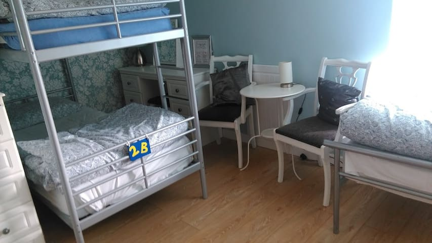 Female Dorm in Modern Boutique Country Hostel - Aughnacliffe